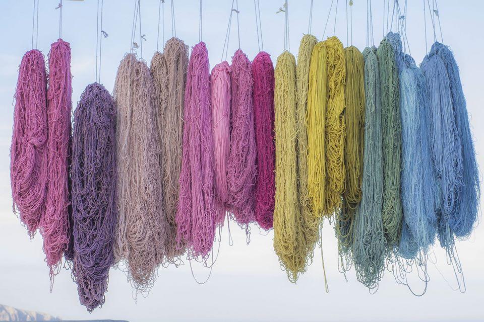 Tintura vegetale dei tessuti: l'arte di Barbara